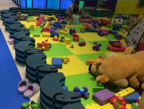 为何EVA内衬材料可以制成儿童玩具?